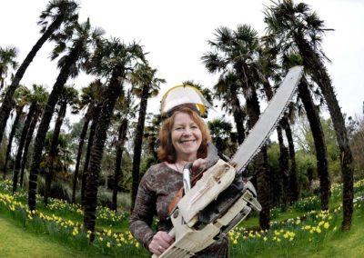 Spring Fling woodcrafting artist Jane Fraser at Logan Botanical Gardens
